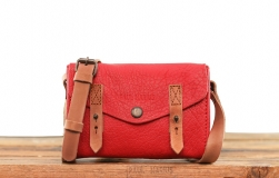 Le Mini Indispensable - Red