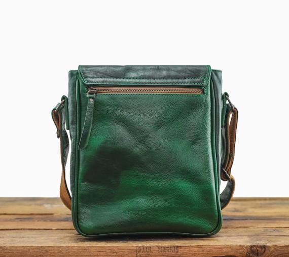 L'Aventurier - Oily Emerald