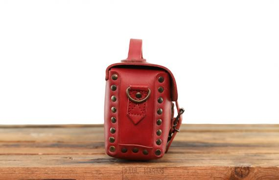 L'Artisane - Rouge Carmin