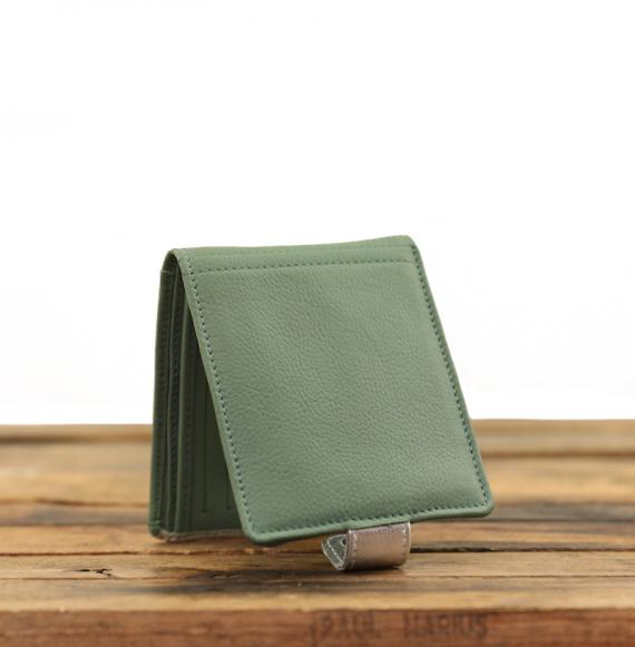 LePortefeuille Louise - Almond Green / Silver