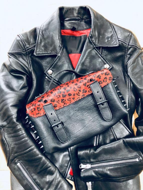 L'Artisane Léopard - Noir / Rouge